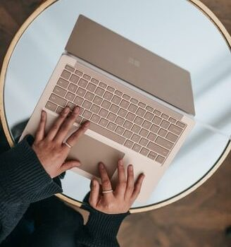 best laptop for writers in India
