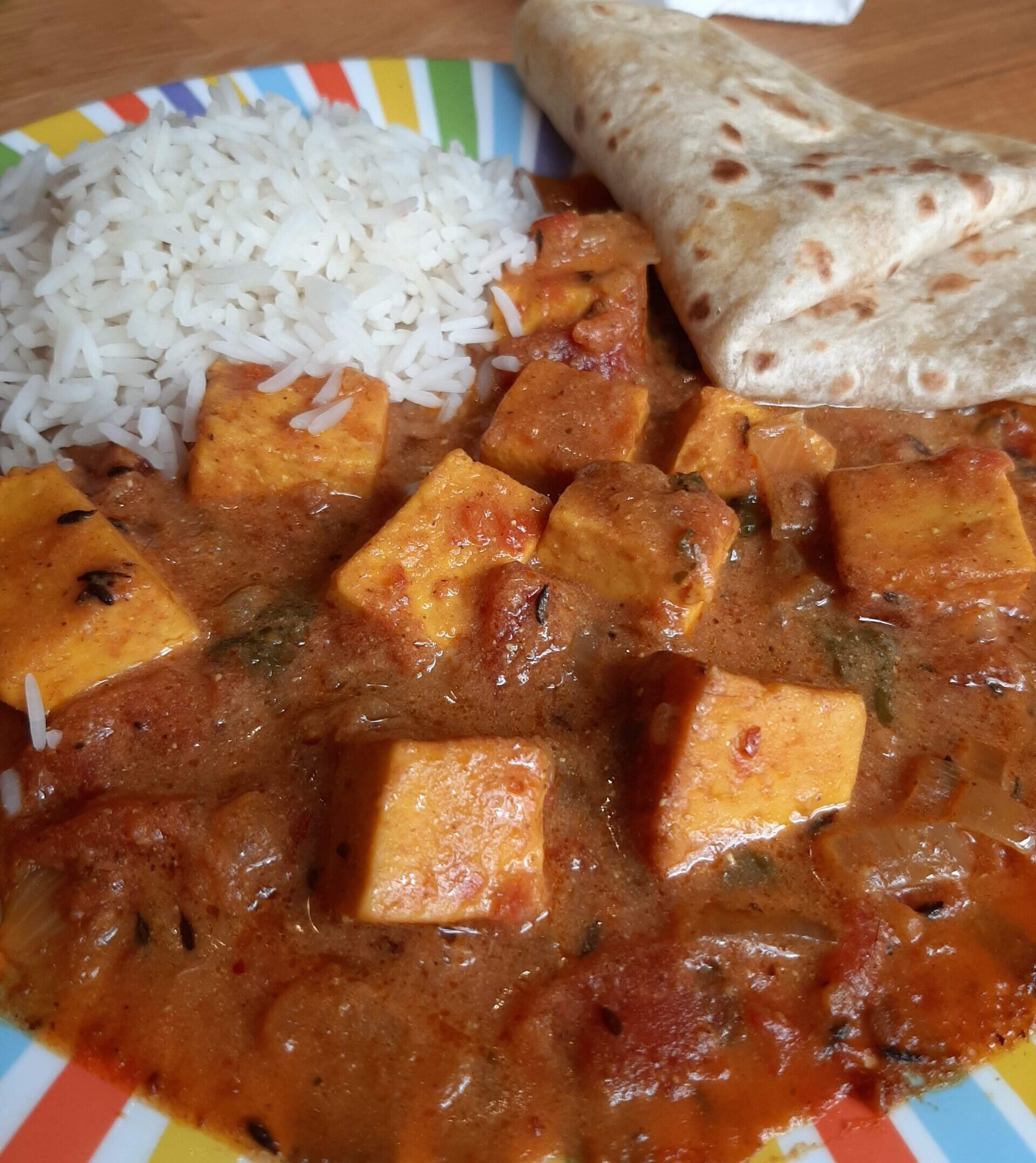 This is a very quick vegetarian and non-spicy recipe and it's really really good. You are going to love this Butter Paneer!
