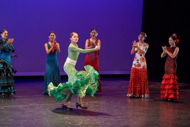 Ensemble Espanol performs at YAS Fest in Millennium Park September 22 (Photos from City of Chicago)
