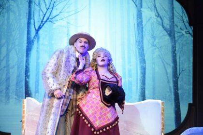 "Matt Crowle and Rachel Klippel in Porchlight Music Theatre's ""A Gentleman's Guide to Love & Murder."" (Michael Courier photo)"