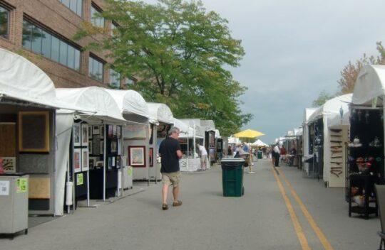 Port Clinton Art Festival downtown Highland Park. (J Jacobs photo)