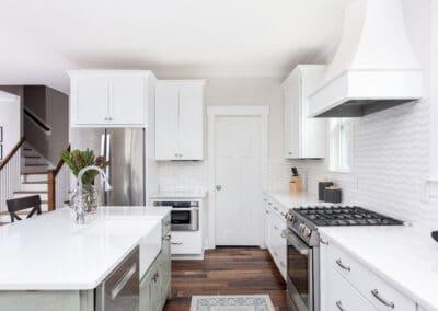 modern farmhouse white kitchen