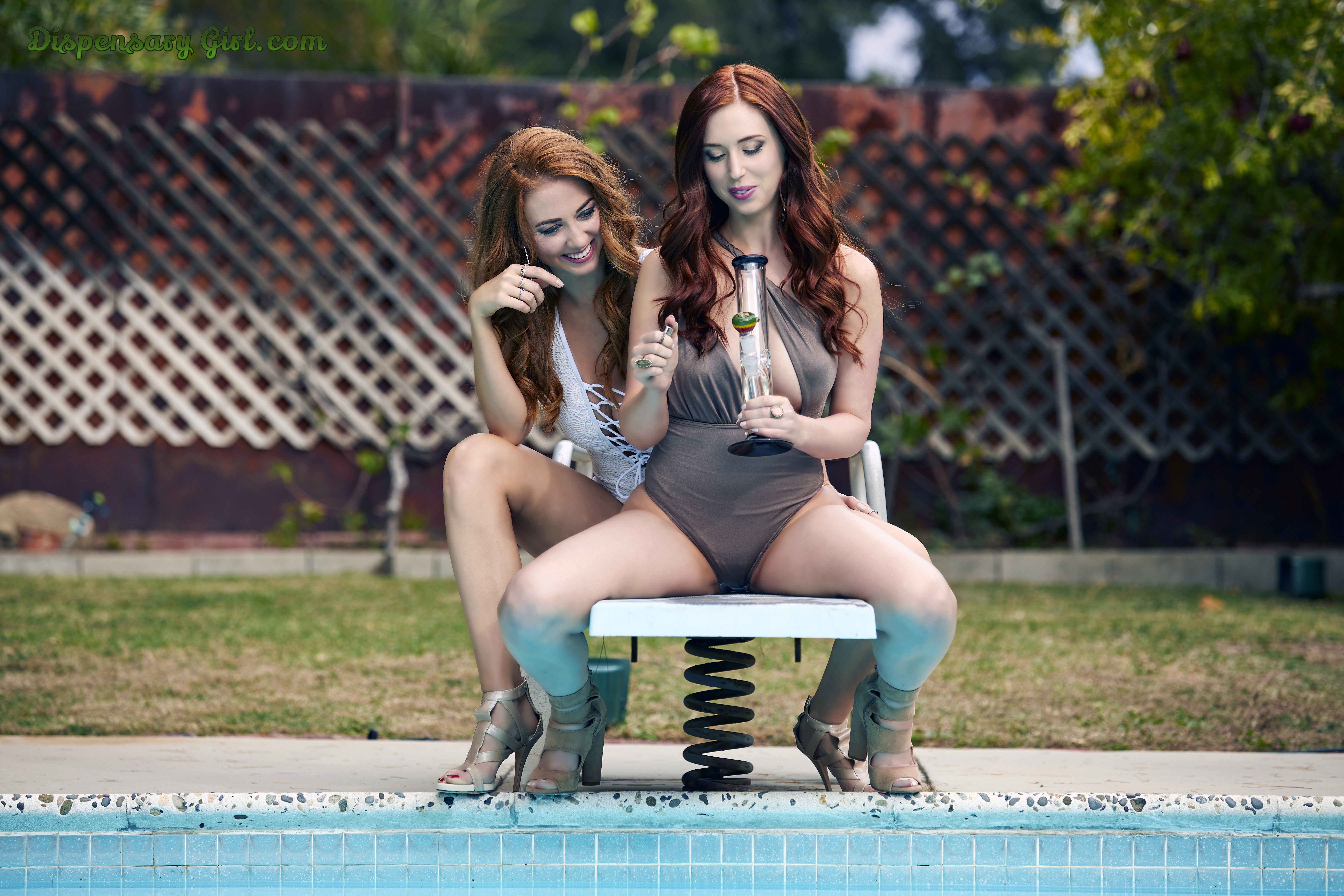julianna and inessa sexy diving board bong hits