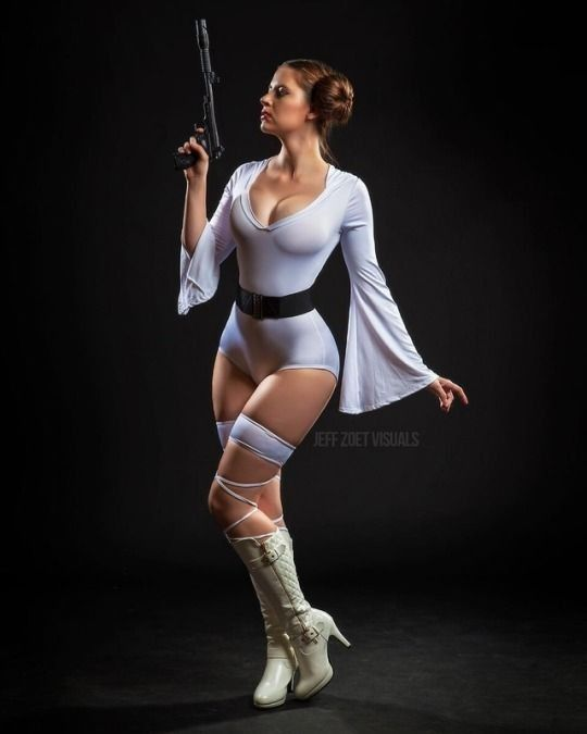 super sexy star wars cosplay princess leia 70s