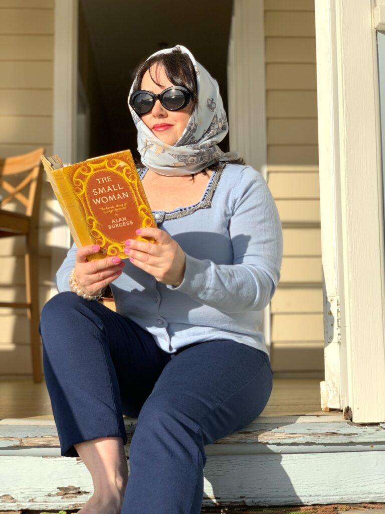 Q Station_katrina reading The Small Woman_vintage travel kat