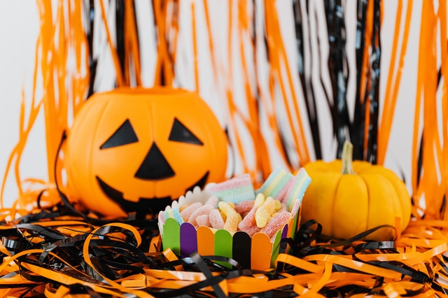 6 Things to Know to Keep Your Teeth Healthy this Halloween Season