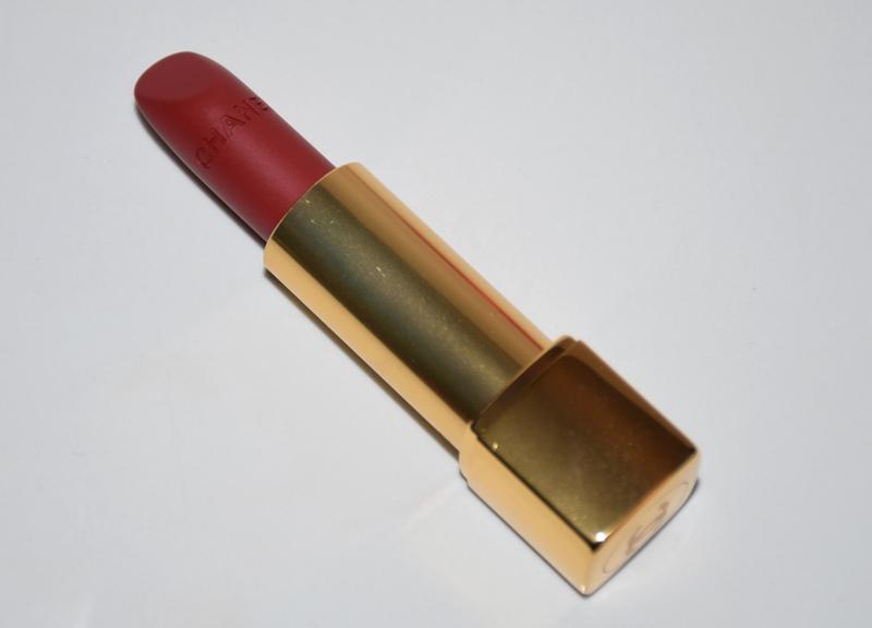 Chanel-Rouge-Allure-Velvet-58
