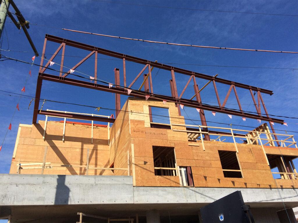 B&W truss installed