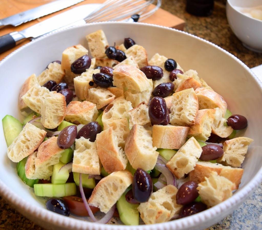 Public Lives: Street Style Chi   Secret Recipes: Panzanella Salad