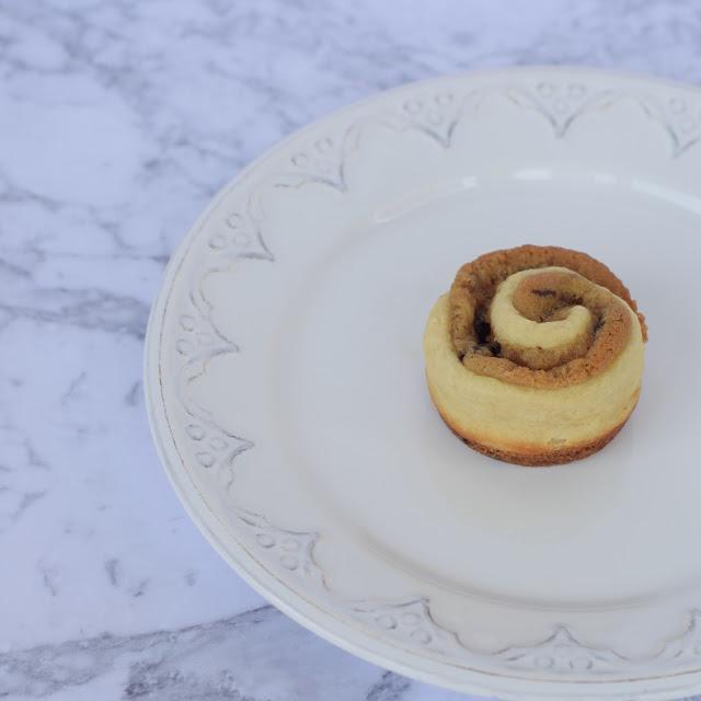 cinnamon roll cookie dough