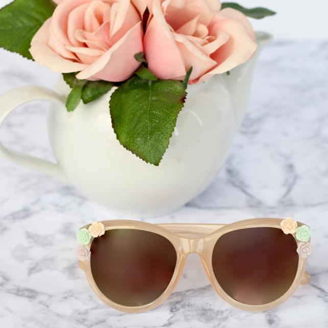 DIY Flower Sunglasses Tutorial