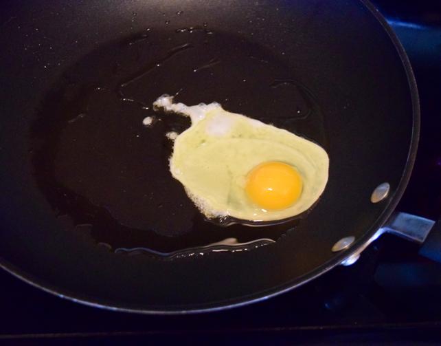 Fried Egg Pasta