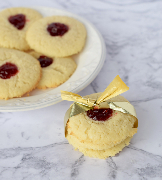 Holiday Cheesecake Cookies