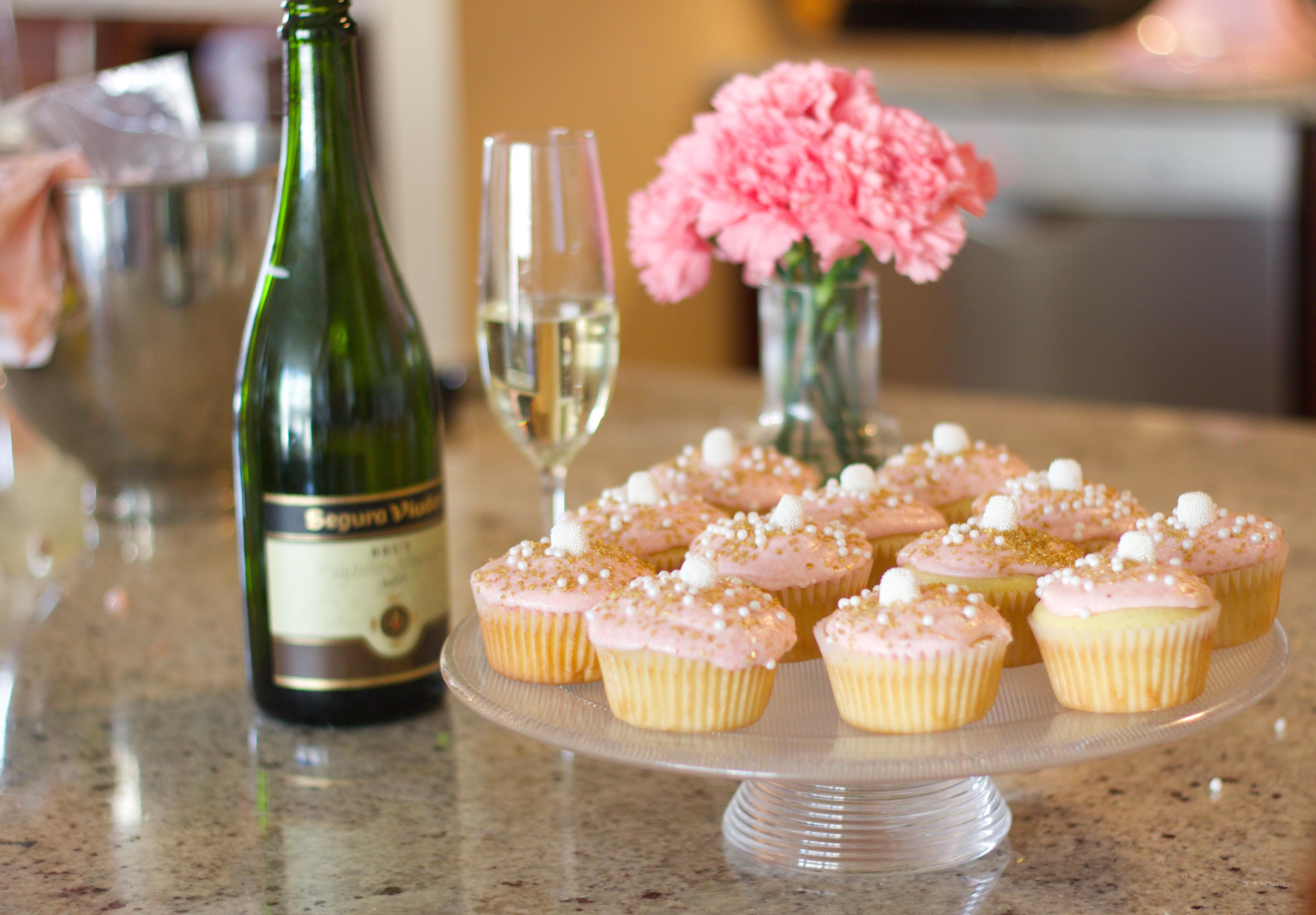 Champagne Cupcake Recipe NYE