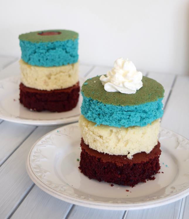 American Flag Cake Tutorial