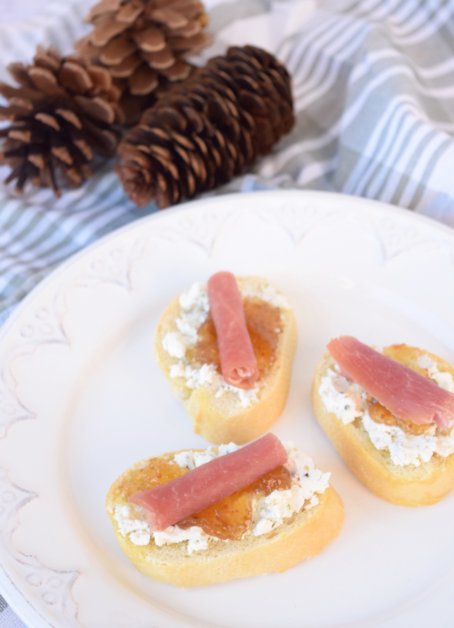Easy Last Minute Fig Prosciutto And Goat Cheese Crostini Recipe