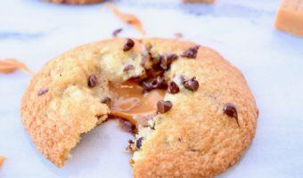 Gooey Caramel Chocolate Chip Cookies
