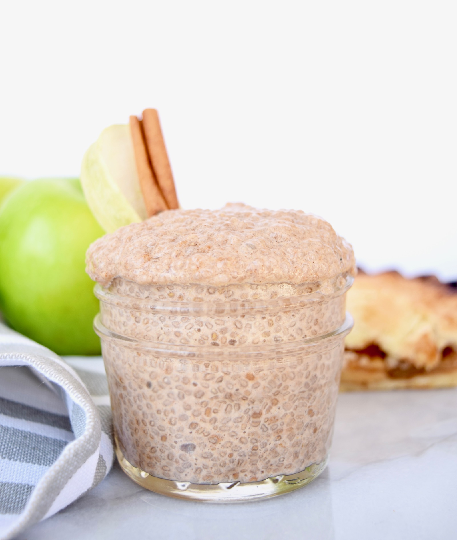 Easy Apple Pie Chia Seed Pudding Recipe