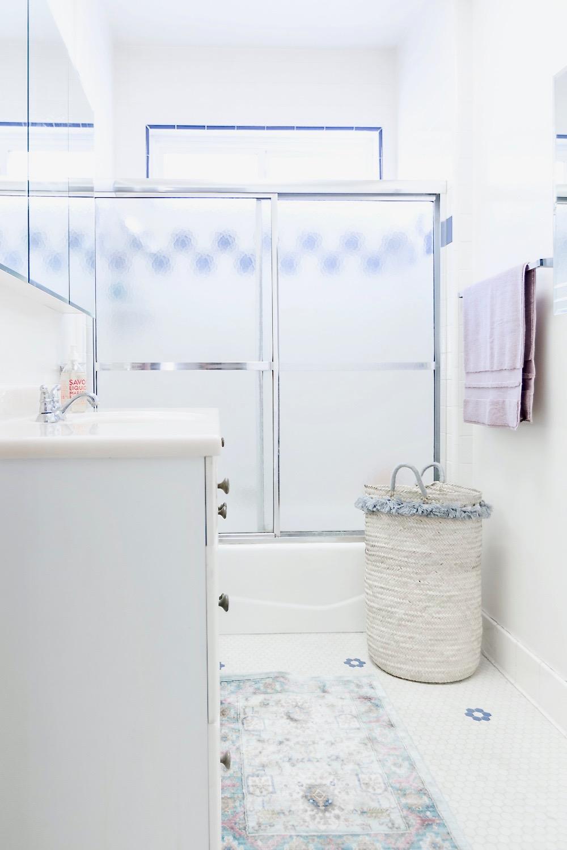 Beach Bungalow Bathroom Decor