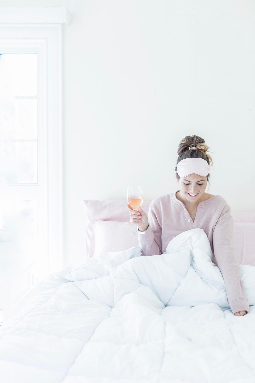 Rosé In Bed