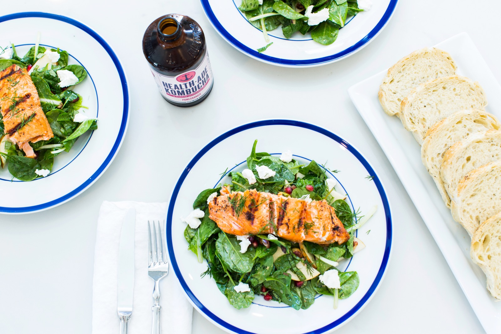 Seared Salmon Salad with Toasted Rosemary Bread