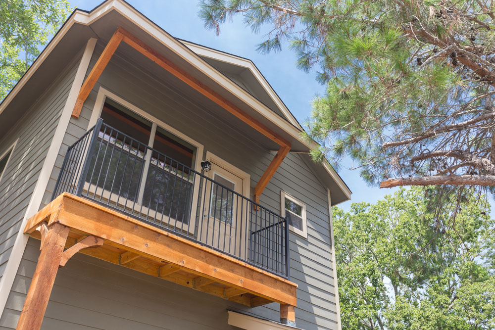 The Lodges at Parker's Pond Rental Property second floor balcony
