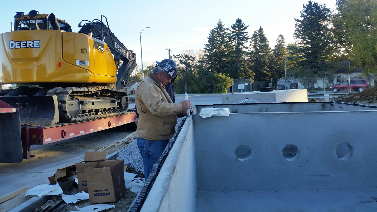 mechanical contractor on the job