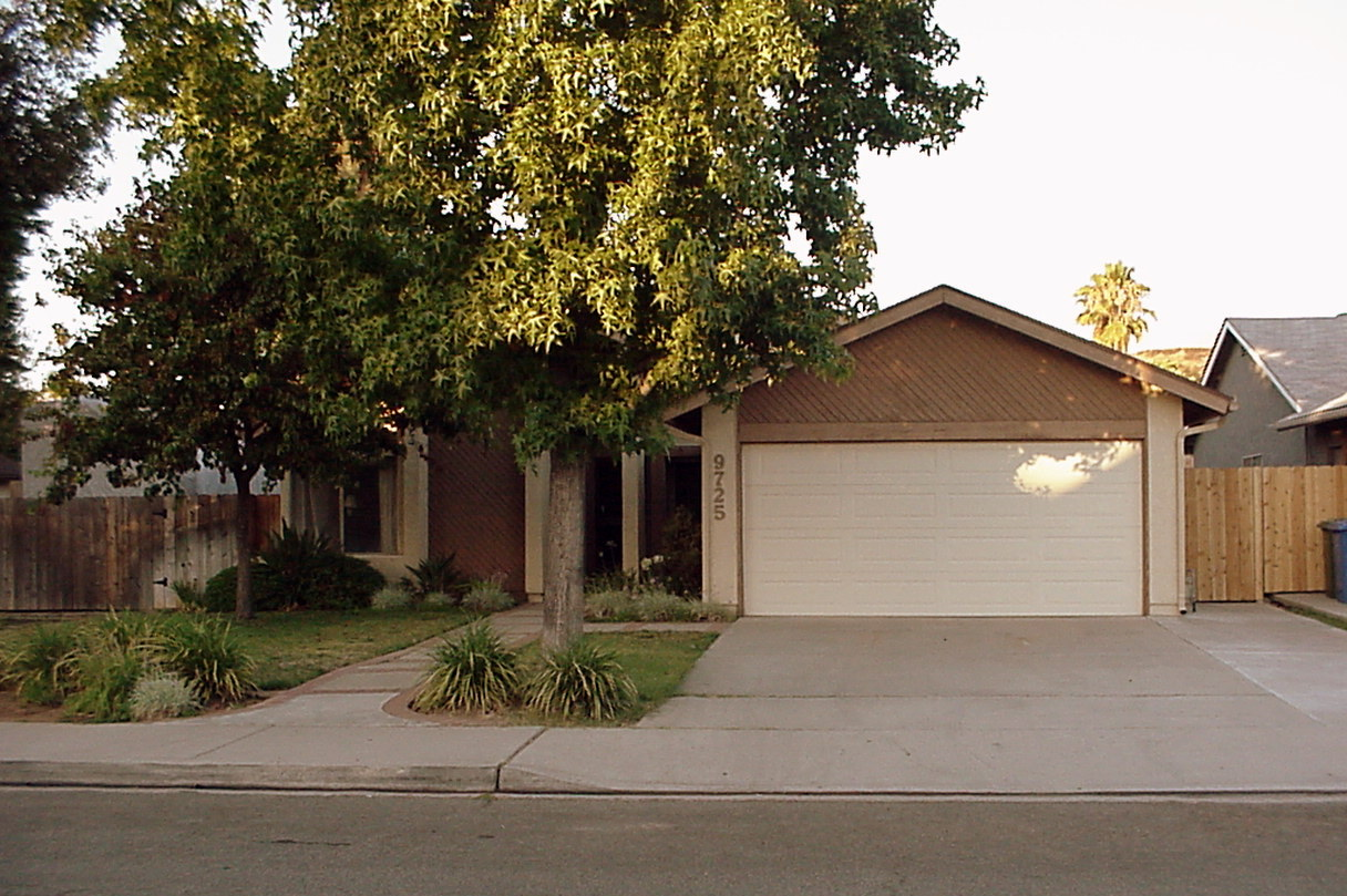 Invest From the Ground Up in Santee!