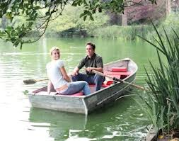 CoupleinRowBoat