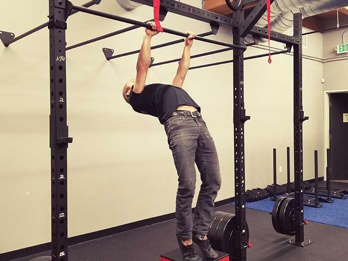 Hanging Scapula Retraction Position 1