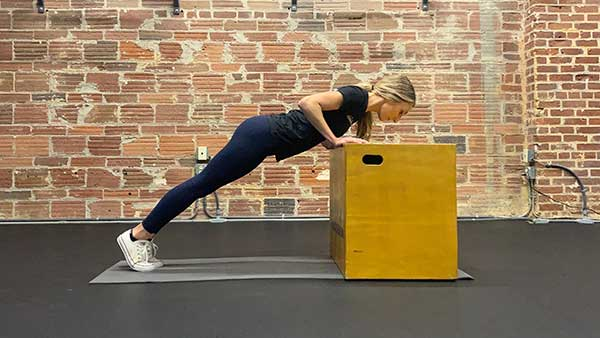 Proper elevated push up form in lower position