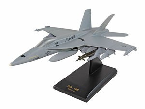 Boeing_F18_super_Hornet_CF018ETR_m