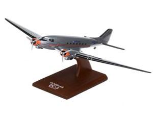 DC_3_American_Airlines_Douglas_DC3AAT