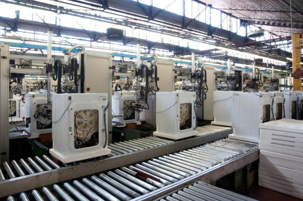 RFID Solution in Manufacturing includes JIT delivery, WIP tracking, line automation, inventory and asset tracking.