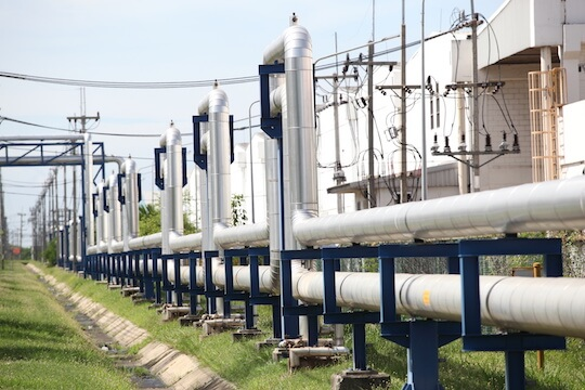 RFID in oil and gas can be used for tracking steel pipes in crude oil factory during construction.