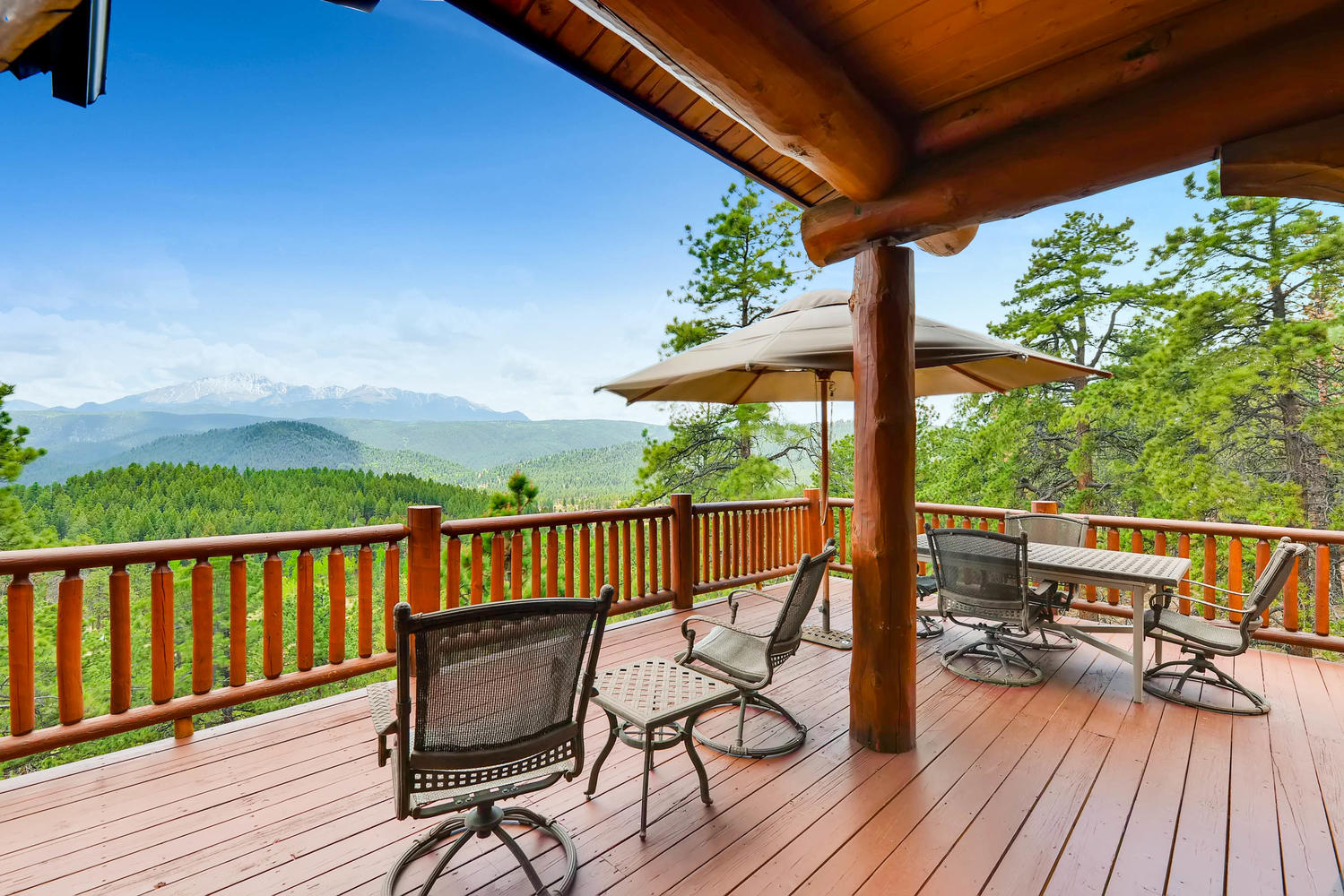 The upper level deck may be where you spend your entire trip!