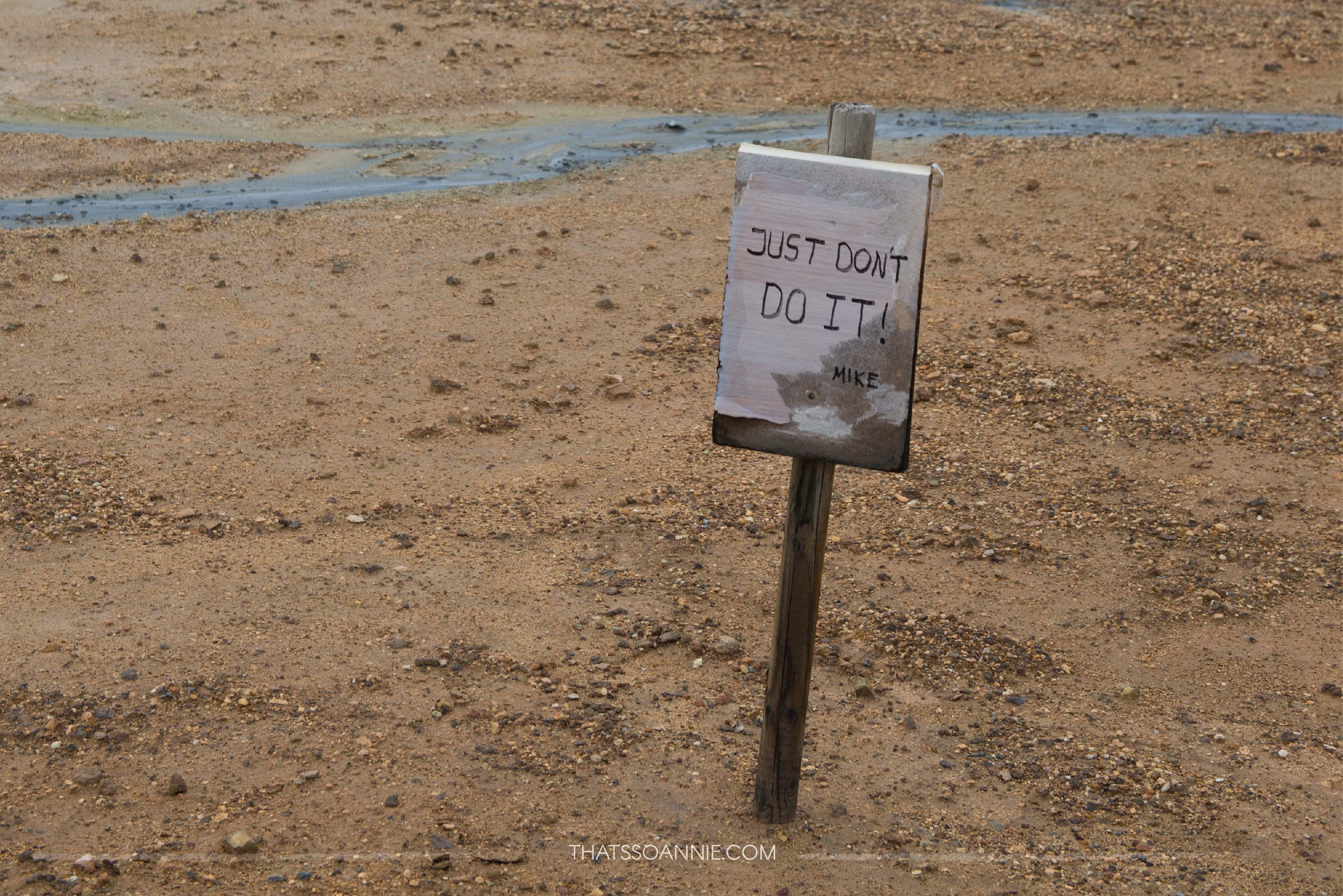 Warning signs at Námafjall