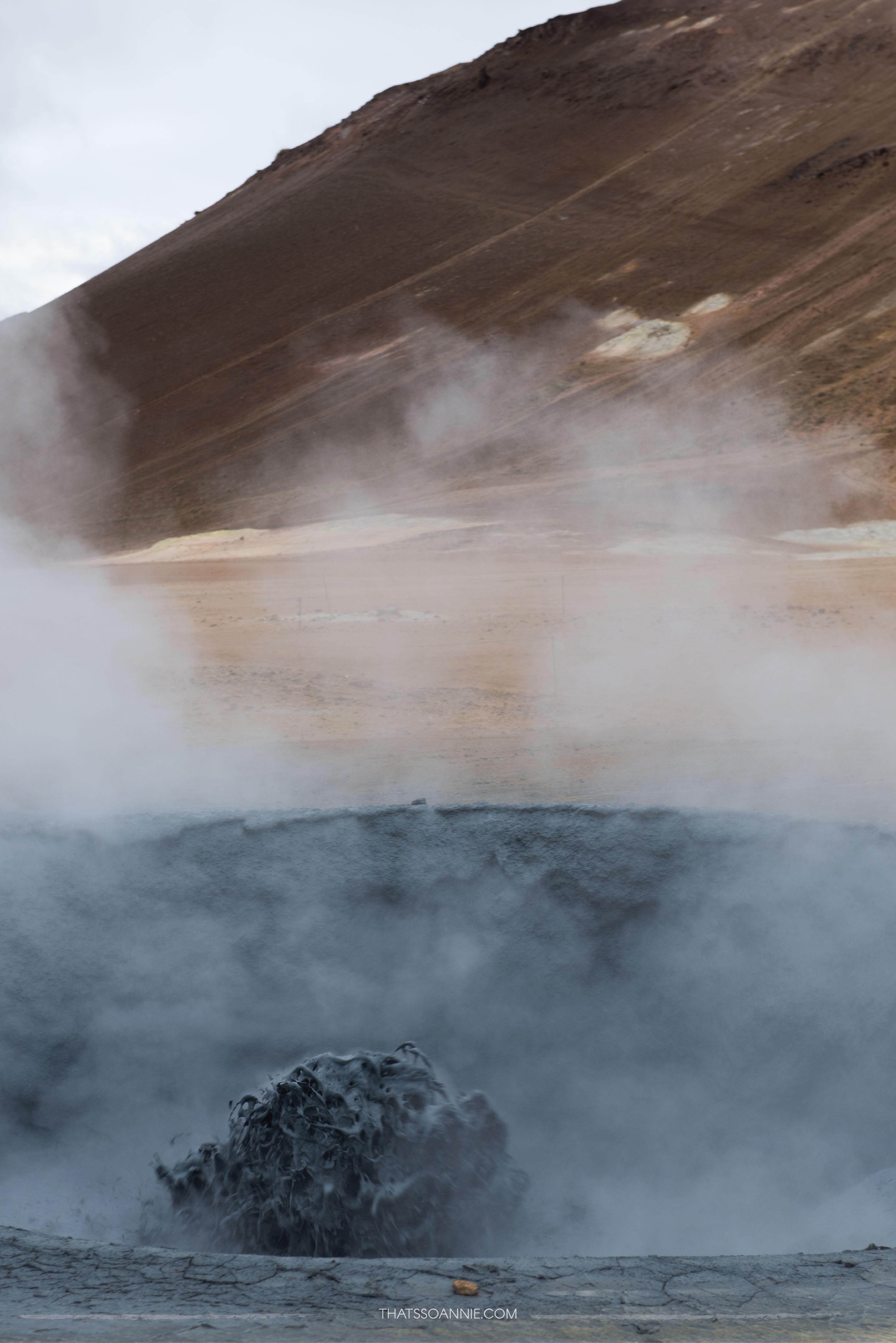 Sulfurous bubbling mud pots at Námafjall