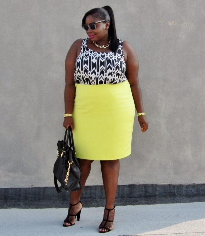 STYLE JOURNEY: COLORED PLUS SIZE PENCIL SKIRTS AND GRAPHIC PRINT TOPS
