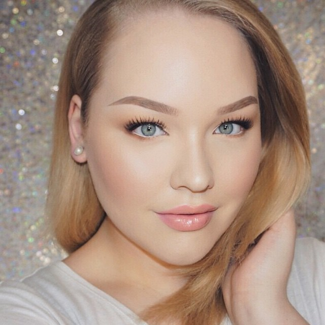 10 Products That Will Give you Effortless Glowing Skin, Plus Beauty Blogger Inspiration