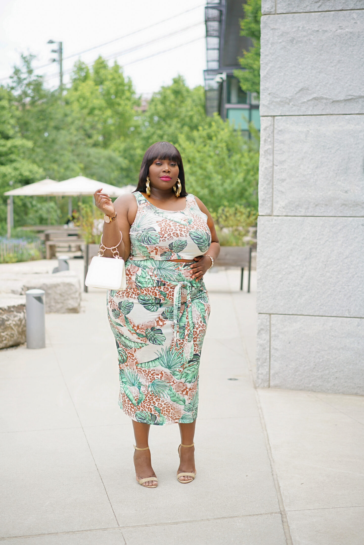 This tropical Print skirt set is one of many great plus size summer outfits