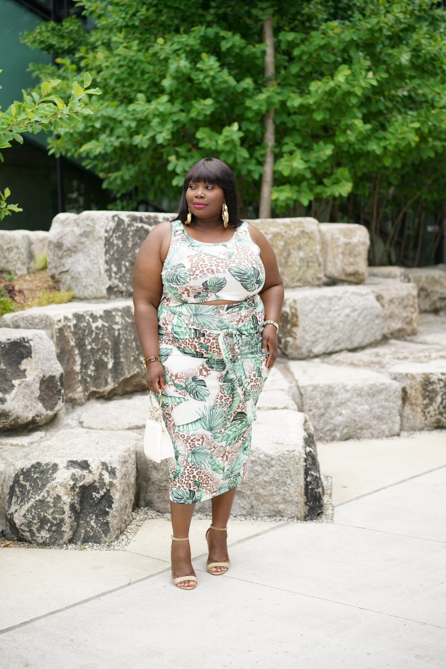 Looking for plus size summer outfits? Checkout this tropical print skirt set from Amazon Fashion