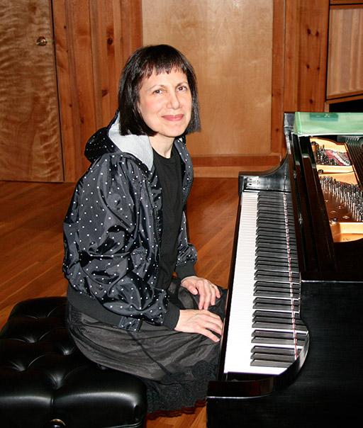 Leslie Pintchik Photo 3 low res