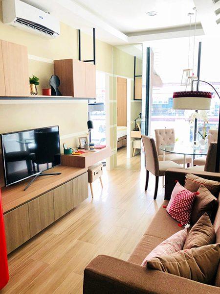 1 bedroom condominium unit