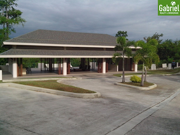 clubhouse of the heritage subdivision