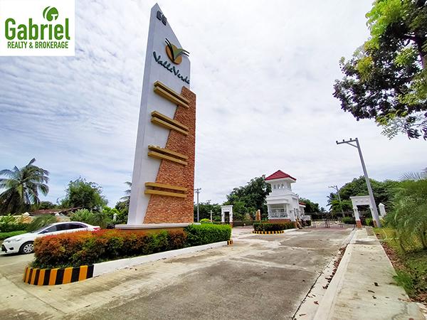 valle verde cebu gate
