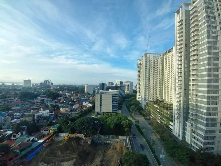 condominium for sale in cebu it park, lucima residences