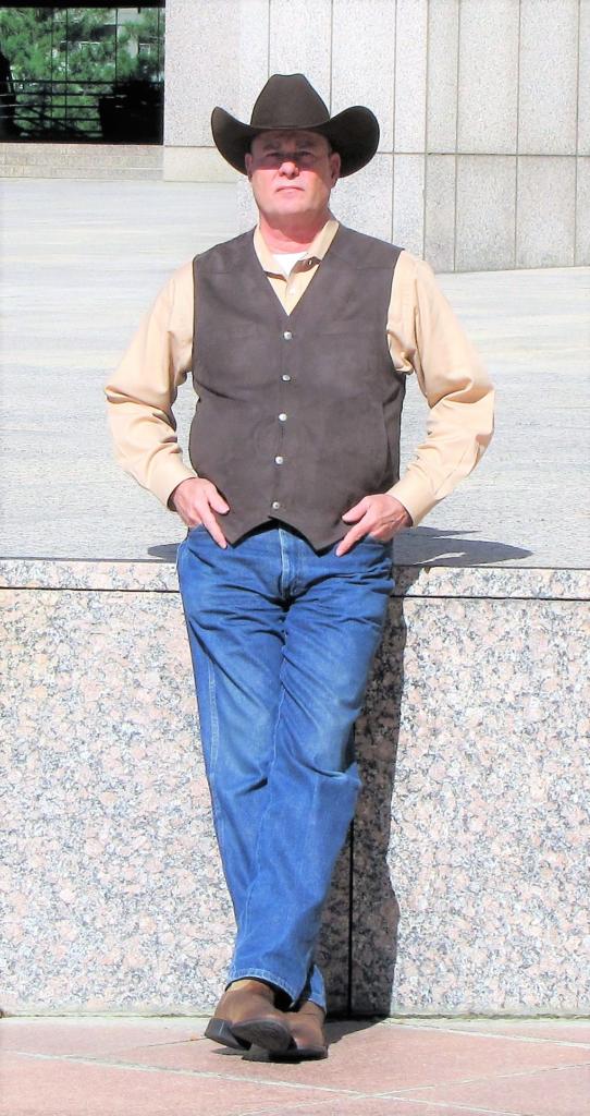 Best Suspense and Thriller Author PG Barnett