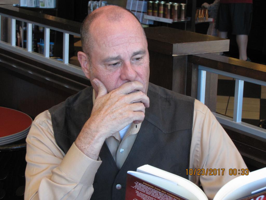 Best Selling Author PG Barnett reading in Barnes and Noble #3