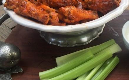 chicken-wings-e1457990016724-438x500.jpg